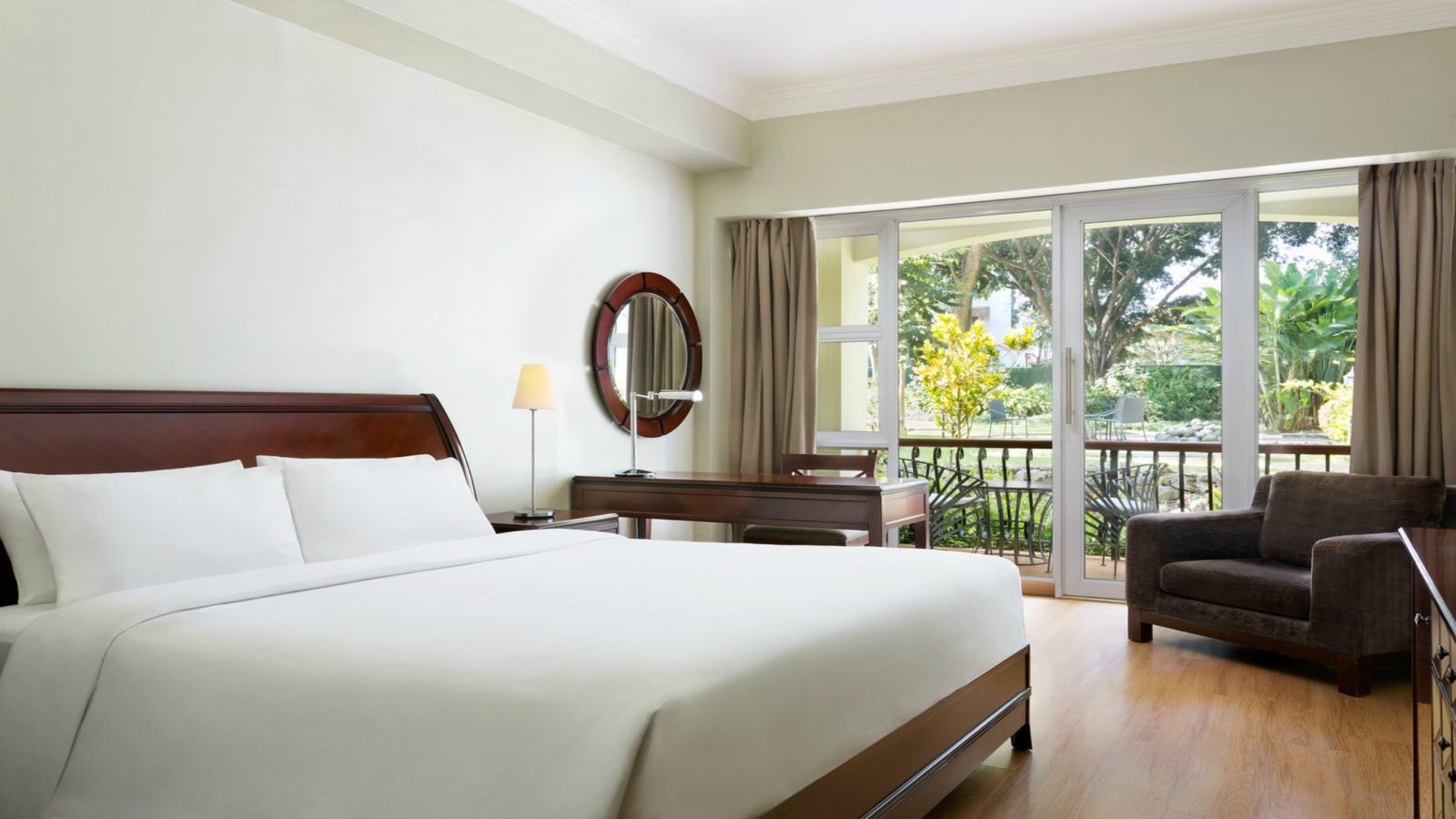 Four Points Arusha Premier Deluxe Room